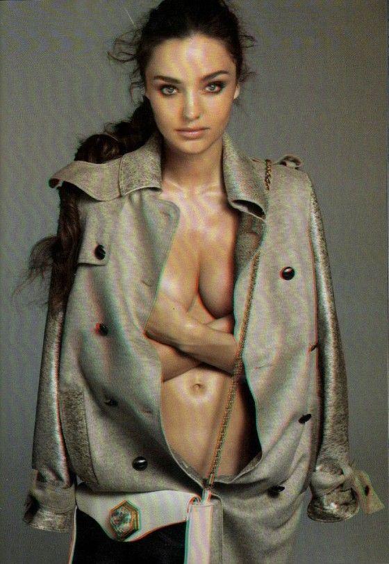 Miranda Kerr 3D Photo-shoot For Vogue Italia