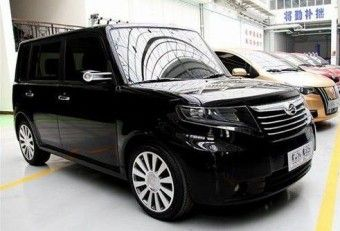 Chinese Great Wall Cool Bear and Scion xB