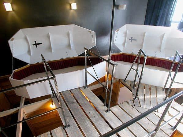 Propeller-Island-City-Lodge-Coffin-Room