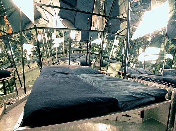 Berlin Cube Hotel