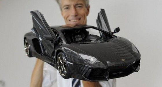 worlds-most-expensive-car-model-lamborghini-aventador-scale-model-by-Robert-Gulpan