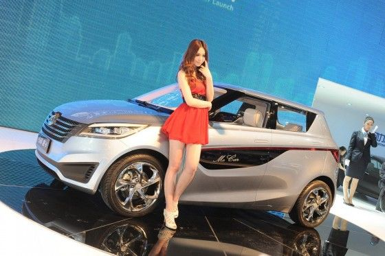 Sexy models at the 2012 China Auto Show
