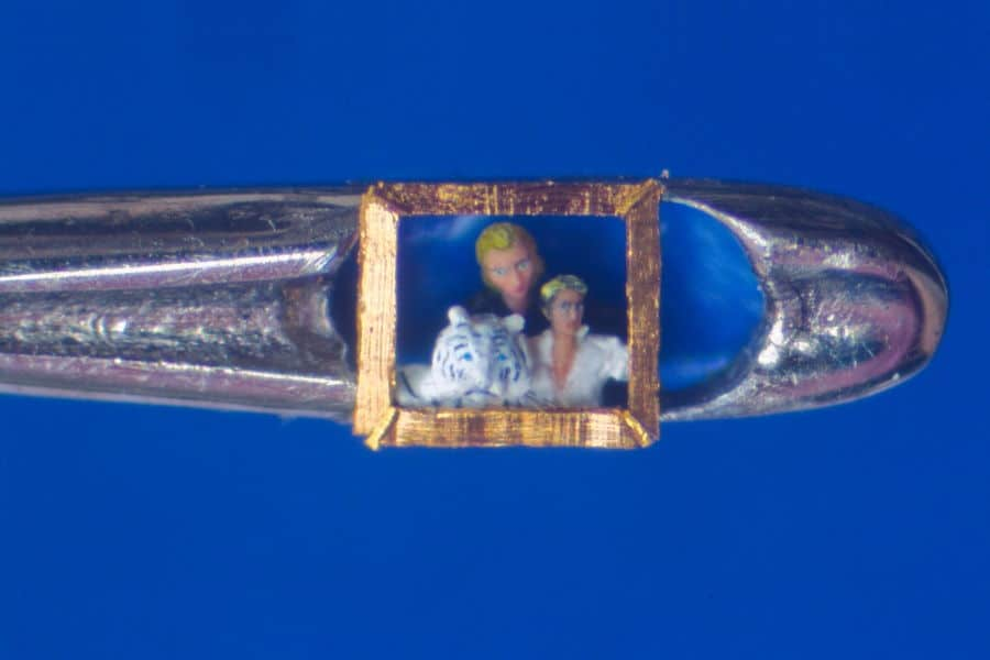 Willard Wigan micro art needle eye Siegfried and Roy