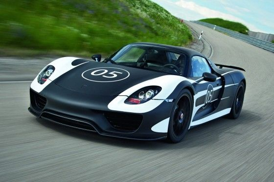 Porsche 918 Revealed