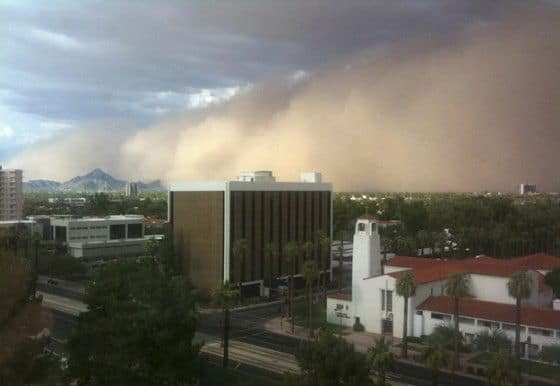 Pictures of a Dust Storm in Phoenix Arizona