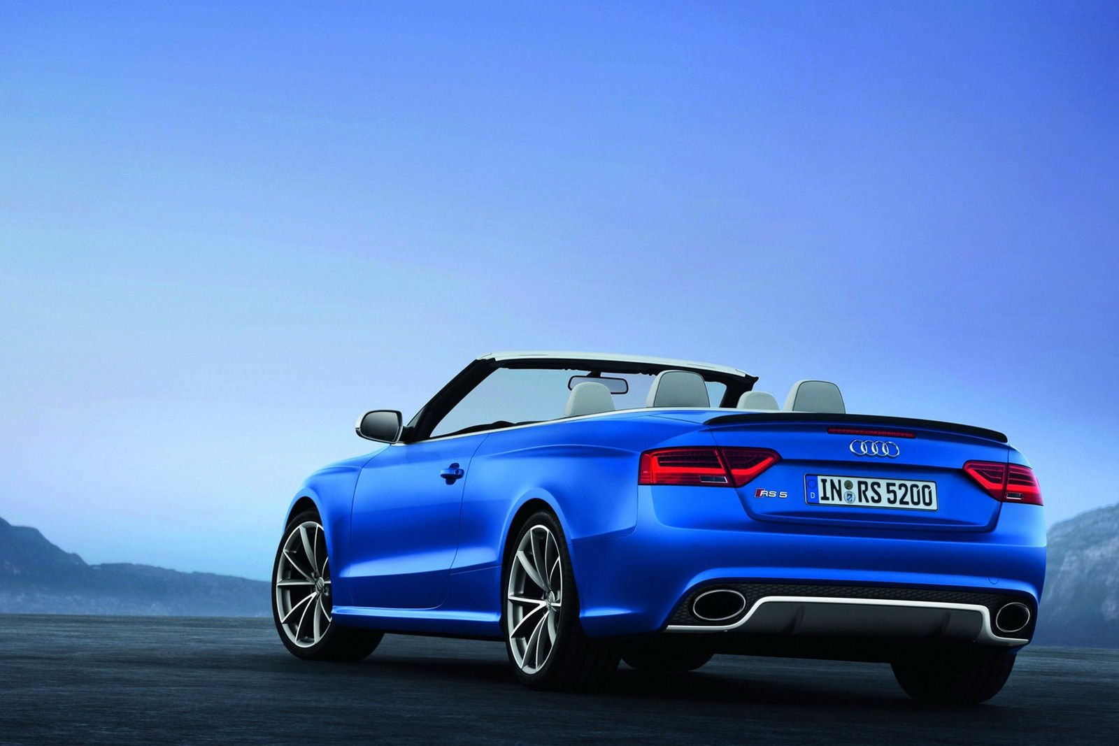 audi rs5 cabriolet. Black Bedroom Furniture Sets. Home Design Ideas
