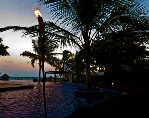 playa del carmen single men Ocean view - remax maya, playa del carmen, quintana roo real estate listings, homes for sale your playa del carmen quintana roo real estate resource center, find mls listings, condos and homes for sale in playa del carmen quintana roo.