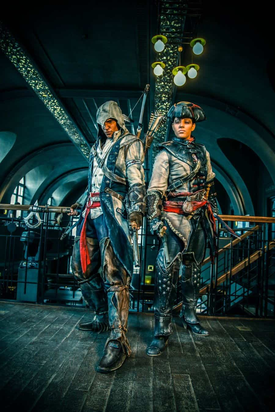 assassins-creed3-cosplay-connor-and-aveline03