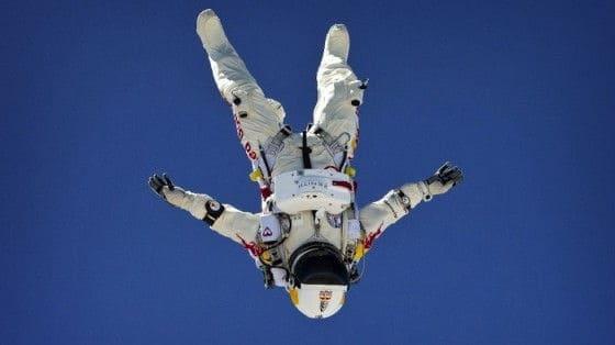 felix baumgartner freefalling