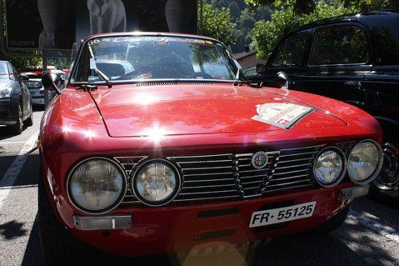 Classic-Alfa-Romeo-GT2000