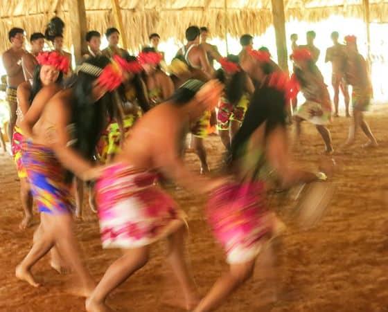 Embero-Indians-Dance
