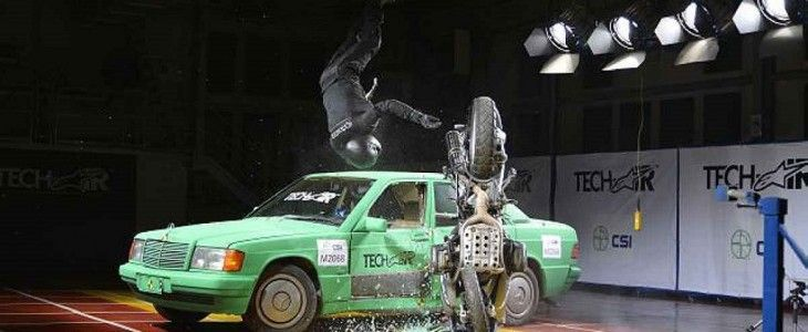 Alpinestars airbag crash test