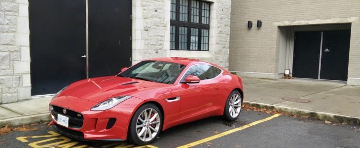 2015-Jaguar_F-Type_Review_01