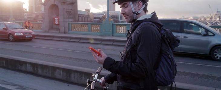 microsoft-lumia-640-man-on-bike