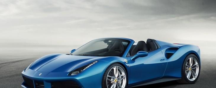 2015_Ferrari_488_Spider_1