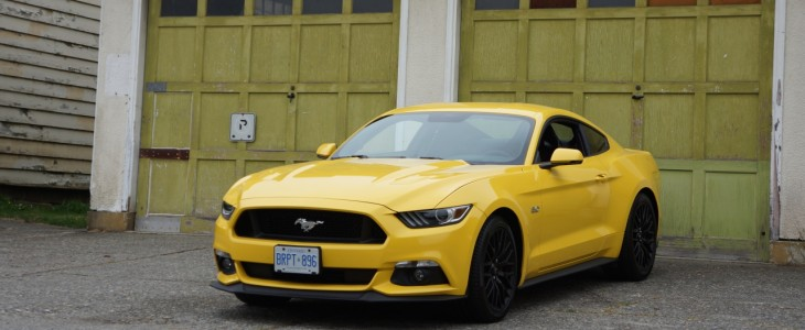 2015_Ford_Mustang_GT_Review_Canada