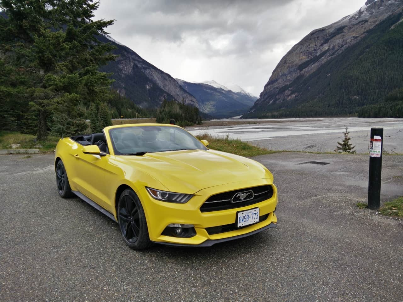 2015 ford mustang ecoboost convertible review. Black Bedroom Furniture Sets. Home Design Ideas