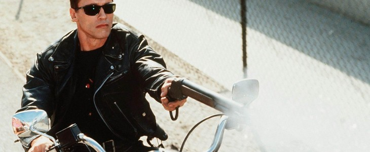 terminator-judgment-day-arnold-schwarzenegger-motorcycle-shotgun