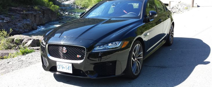 2016_Jaguar_XF-S_Review_1