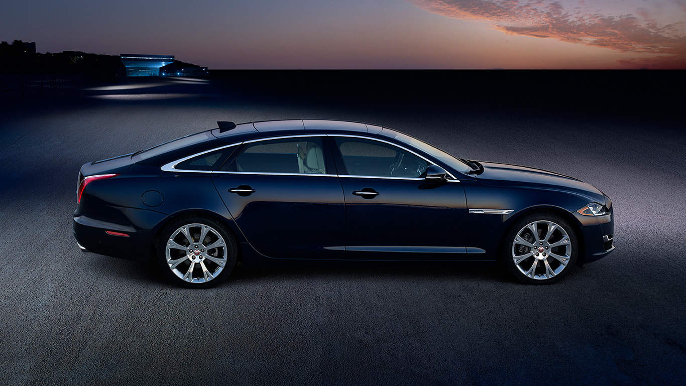 Car Review  Xjl