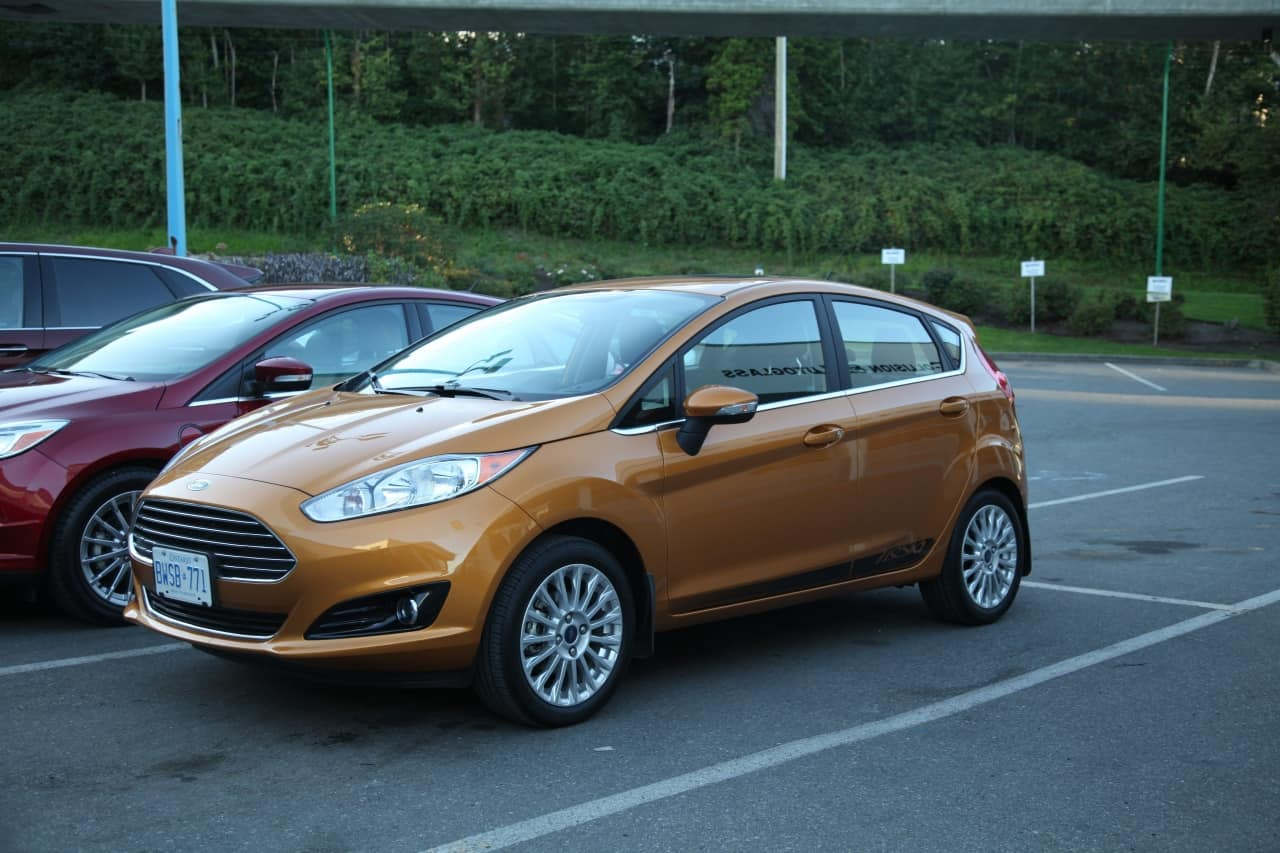 2016 ford fiesta titanium review. Black Bedroom Furniture Sets. Home Design Ideas